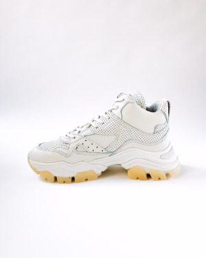 sneaker Bronx Tayke over offwhite